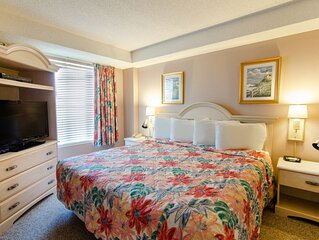 Spacious Ocean View King Suite w/ Balcony + Official On-Site Rental Privileges