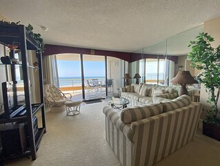 5 Minutes from Barefoot Landing - Beautiful Ocean Views & Large Balcony!