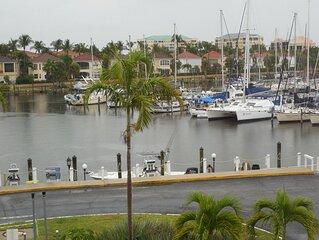 Wonderful condo, fabulous view overlooks Marina - Month stay discount
