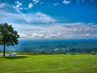 Million dollar view-'The Brow' condo on White Oak Mountain near Tryon & TIEC