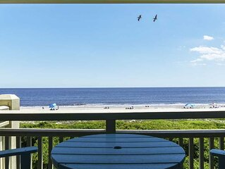 2 Bedroom/1 Bath Oceanfront Condo on Caswell Beach with Community Swimming Pool