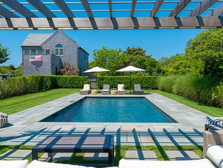 Sunny four bedroom beach house with private pool in Surfside