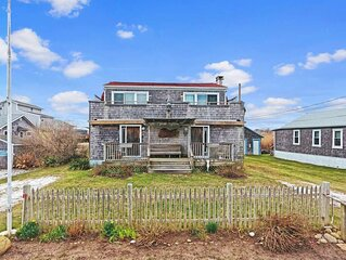 #24/Peaceful Matunuck Destination- Short walk to everything!
