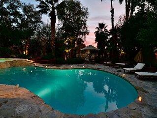 Stunning Luxury Vegas Villa - 15 Minutes to the Strip.