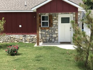 Carey Bay Cottages - Luxury Cottages on Grand Lake (Cottage B)