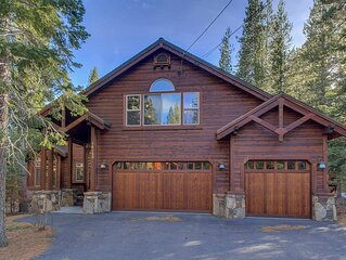Luxury Mountain Home w/Hot Tub, Pool Table, Interior Design, Lovely Setting!