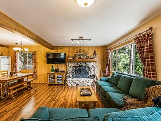 Cozy, dog-friendly cabin w/ forest views, deck, & private pool table