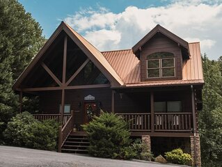 Bear Tales Lodge!  3B/3B Best Location in PF! Sleeps 12