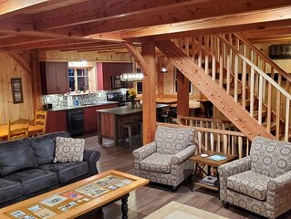 Newly constructed Timber Frame home on 7 acres only 4.5 miles from Dreams Park!