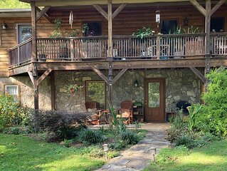 The perfect country get away only 15 minutes to downtown Asheville