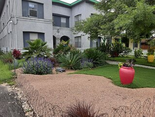 Near Pearl Brewery - Quick Access to Riverwalk, Alamo, and Downtown San Antonio!