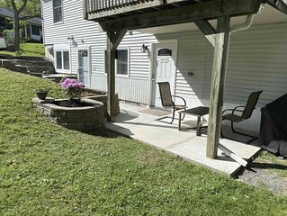 Charming, spacious, exceptionally clean & private apt! Ideal Ithaca location!