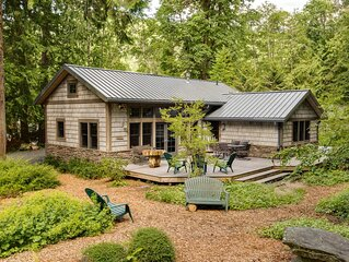 Private Cottage by the Lake with Wrap-Around Deck