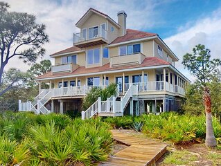 Plantation Beach View, Private Pool, Screened Porch, Fireplace, Elevator, Beach