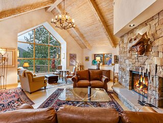 New listing! Elegant mountain escape w/ stunning view, spacious deck & fireplace