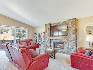 New listing! Central coast gem w/ backyard & large balcony close to the beach!
