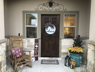 Newly Built and Furnished 3BDRM/3.5BA Townhouse in the heart of Aggieland