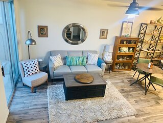 Industrial-Lux 3-Story Townhouse in Gated Community of Homes - PETS WELCOME