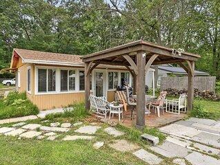 Gun Lake Cottage - Bonfire, AC, Full Kitchen, Gazebo! Dock your boat or rent one
