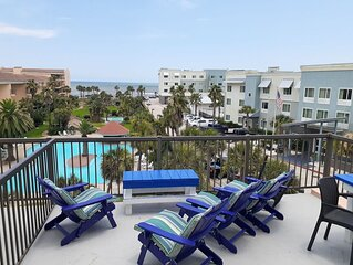 Stay With Us And Enjoy The GALVESTON TROPICAL BREEZES - Ocean View! 2BR/2BA. Acc