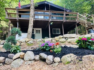 Upgraded Chalet within walking distance to water.