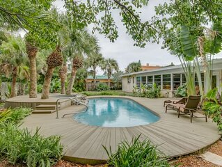 Melbourne Beach Oasis w Pool, Hot Tub, Grill, Steps to Beach & Dining!