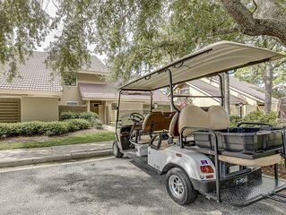 Spacious 2 Bedroom Villa with a Golf Cart