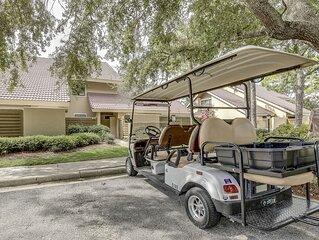 Spacious 2 Bedroom Villa with a Golf Cart