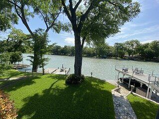 Bungalow on the Guadalupe River - Seguin, TX