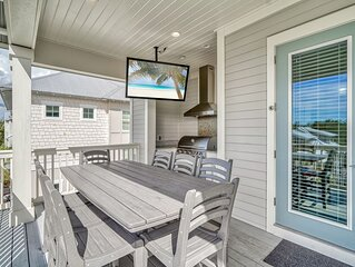 'Family Tides' Home in Inlet Beach with Gulf Views + Beach Chairs + Free Bikes!