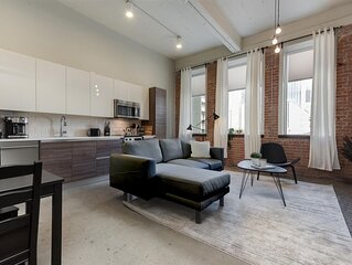 Jurny | Convention Center | Touchless 1bd In Downtown