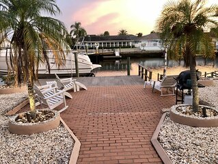 Mermaid's Cove - Beautiful home! Waterfront, deep canal, dock usage,Gulf access!