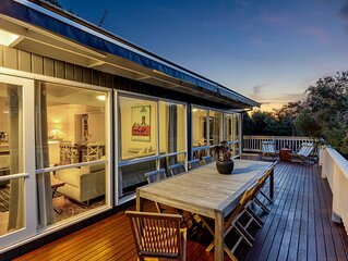 Tyrone Beach House - Cosy Family Getaway - WiFi - Linen Included