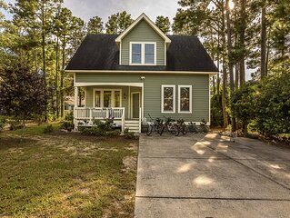 Charming Cottage~WiFi, Bikes, Beach Chairs~Ask about monthly rates, work remote!