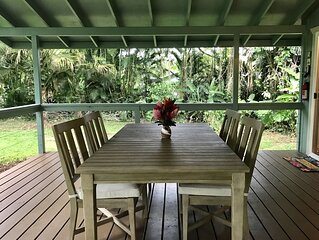 Secluded Cottage on Tropical Flower Farm - Private Hot Tub