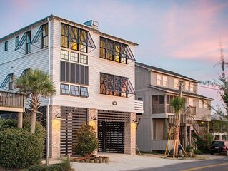 Create Magnolia memories here: Oceanfront Newly Constructed- Huge outside deck,