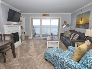 1BR Beachfront Condo 307 on Gorgeous Lake Charlevoix in Boyne City!