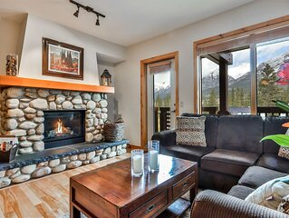 Spectacular Mountain views in Luxurious Rundle Cliffs Lodge - Spring Creek