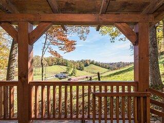 Hot Tub & WiFi - Small Family Cabin - Sunrise - Mountain Retreat in Red River Go