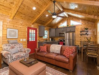 WiFi, Waterfront, Adventure - Small Family Cabin - Creeksong - 150 acres in Red
