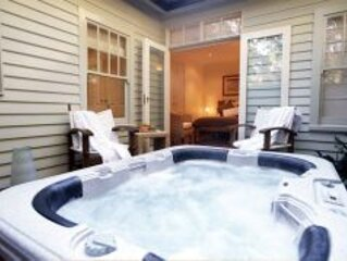 Getaway Retreat spa, log fire, views 10pax max!, holiday rental in Croydon