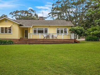Canary Cottage - opposite Bowral County Club