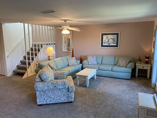 Tropical private condo on Sanibel's quiet west end B207