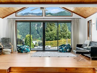 Sublime Escape - Queenstown Holiday Home
