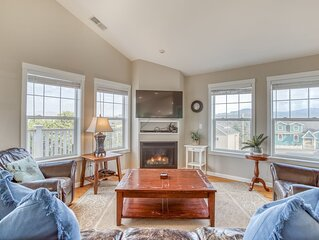 Hot Tub, Game Room, Ocean Views, Loads of Amenities in Central Lincoln City