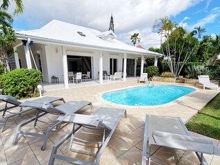 Villa a Sainte anne Ref G119a 4 chambres avec vuer mer piscine privative et plag