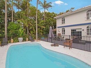 Malibu Beach House - Lake Cathie, NSW