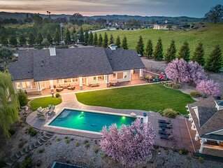 This house is a 6 bedroom(s), 3 bathrooms, located in Templeton, CA.