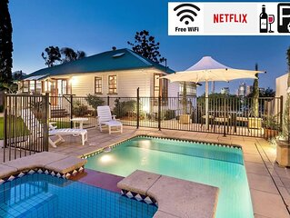 ⭐Ultimate Family Retreat⭐Private Pool|Amazing Views|Brisbane|Wifi|Parking