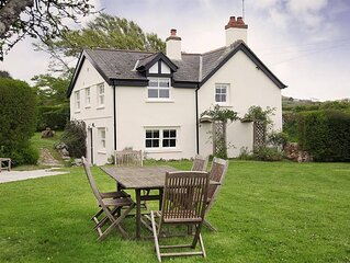Dollars Cottage is beautiful, a fabulous detached country cottage, close to the